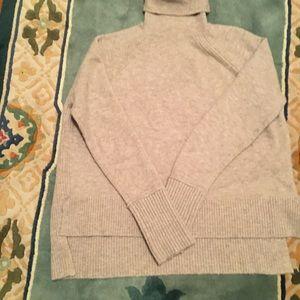 J CREW Long Sleeve Tan Turtleneck Sweater XS